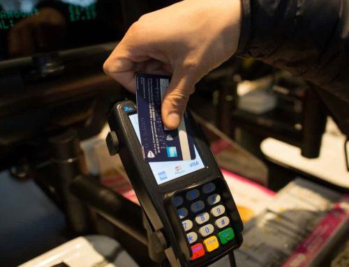 Cash no longer king as contactless payments soar in UK stores